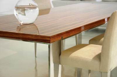 Pietari dining table