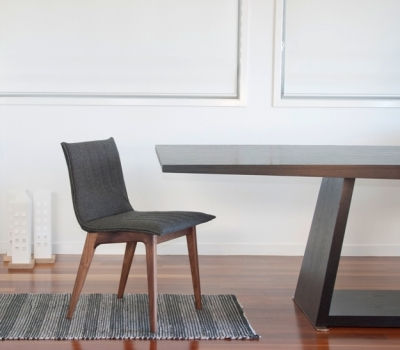 Zamu dining chair
