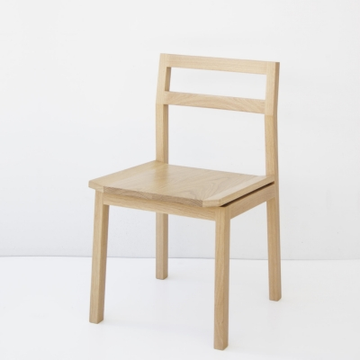 Kantti II chair with timber seat