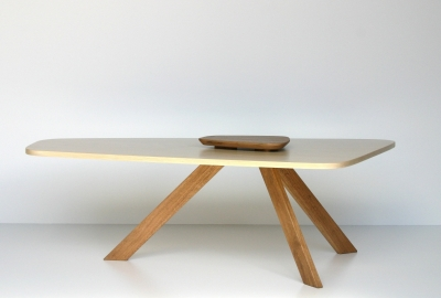 Katri coffee table